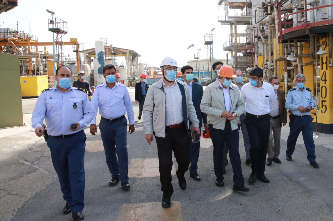 بازدید وزیر نفت از پالایشگاه تهران