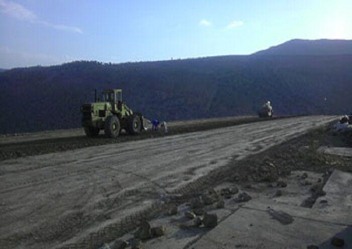 خاکهای آلوده مرکز انتقال نفت گندمکار پاکسازی میشود