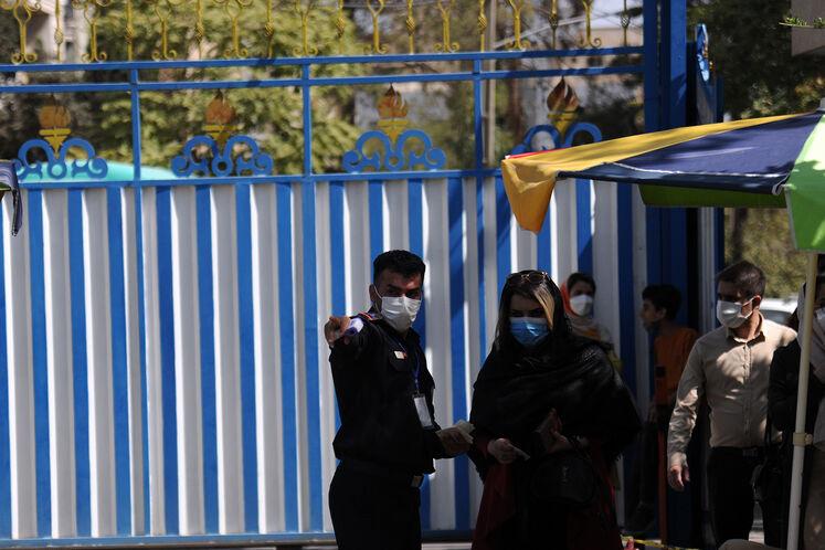 واکسیناسیون کارکنان صنعت نفت در باشگاه تهرانسر