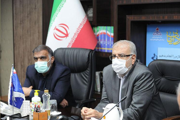 جواد اوجی، وزیر نفت و فریدون حسنوند، رئیس کمیسیون انرژی مجلس
