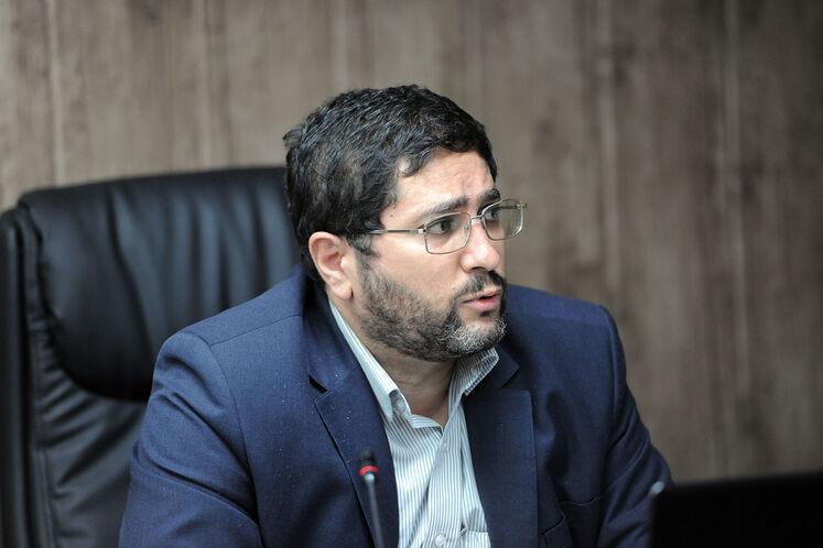 بابک دارابی، مدیر نظارت بر طرحهای عمرانی مناطق نفتخیز