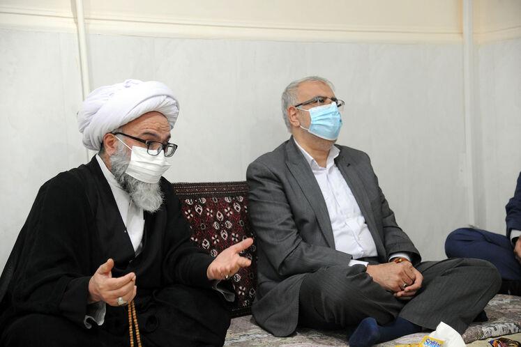 دیدار وزیر نفت با آیتالله عبدالکریم فرحانی، نماینده مردم خوزستان در مجلس خبرگان رهبری