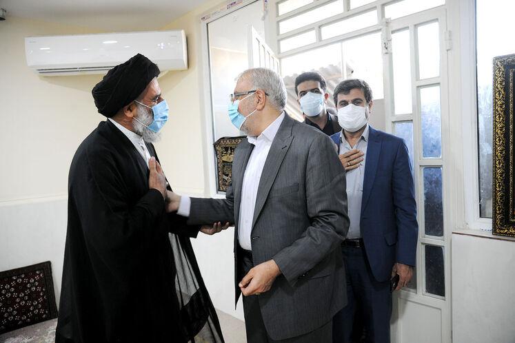 دیدار وزیر نفت با امام جمعه اهواز