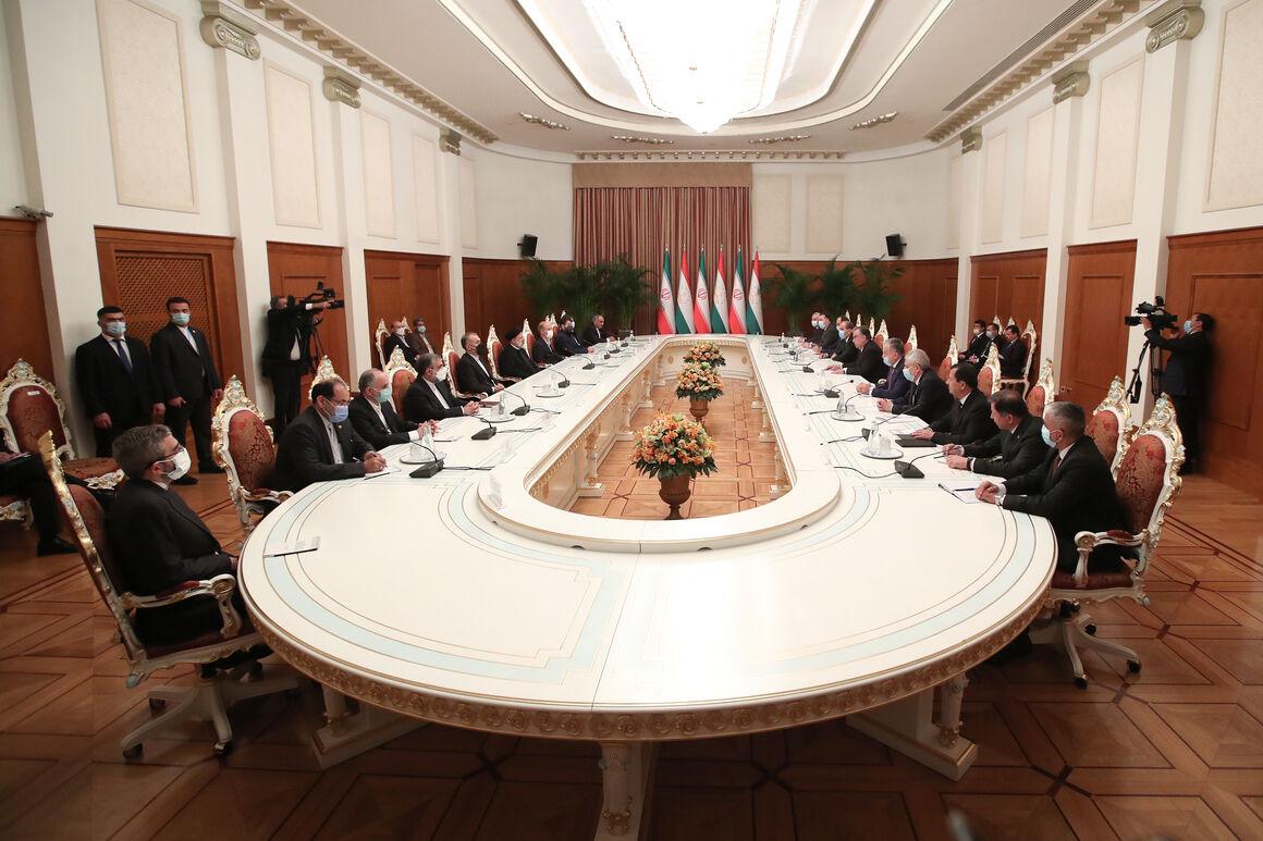ایران ظرفیتهای خود را برای توسعه روابط با کشورهای دوست بهکار میگیرد