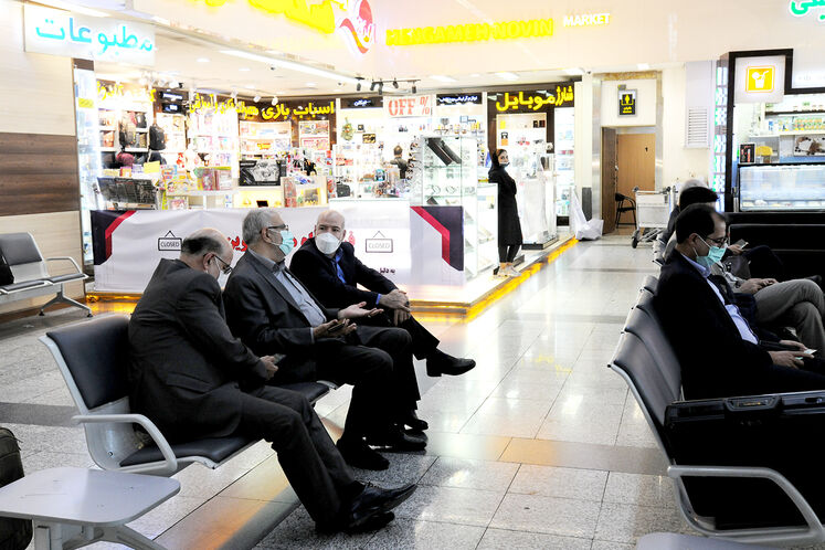 سفر جواد اوجی، وزیر نفت به منطقه ویژه اقتصادی انرژی پارس/ فرودگاه مهرآباد روز پنجشنبه ۱۱ شهریورماه
