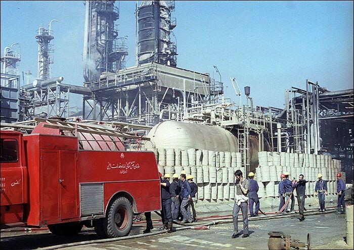 دفاع مقدس و نفت و گاز کارون