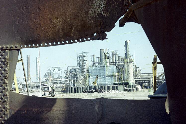 تأسیسات تخریبشده صنعت نفت در آبادان در جنگ تحمیلی، سال ۱۳۶۷