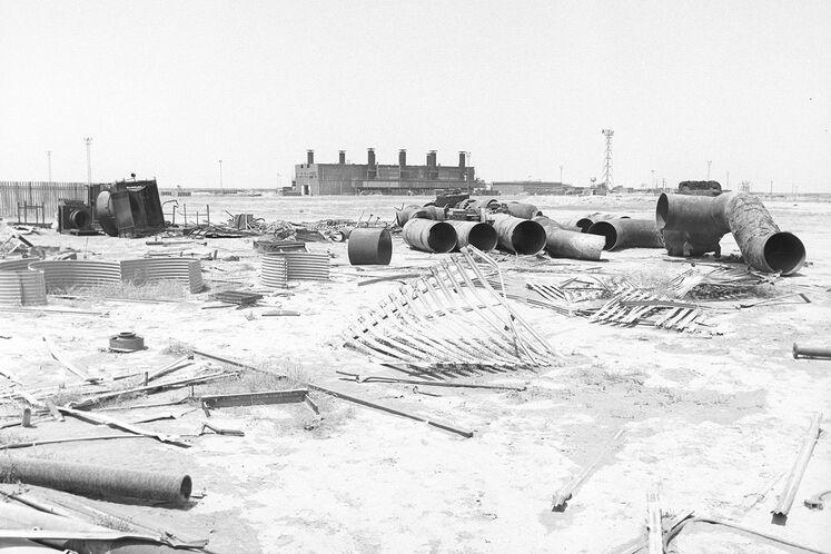 تخریب تأسیسات نفتی مناطق نفتخیز جنوب در جنگ