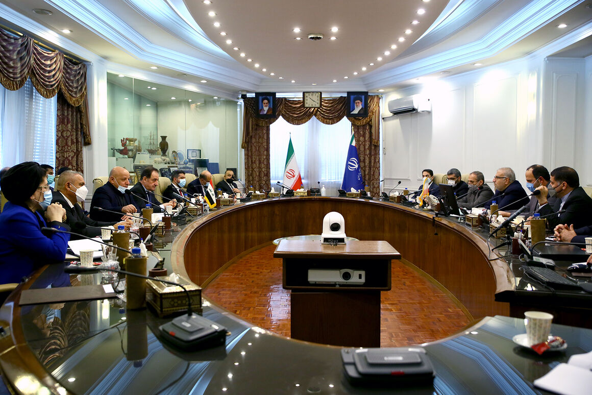 اوجی با وزیر برق عراق دیدار و گفتوگو کرد