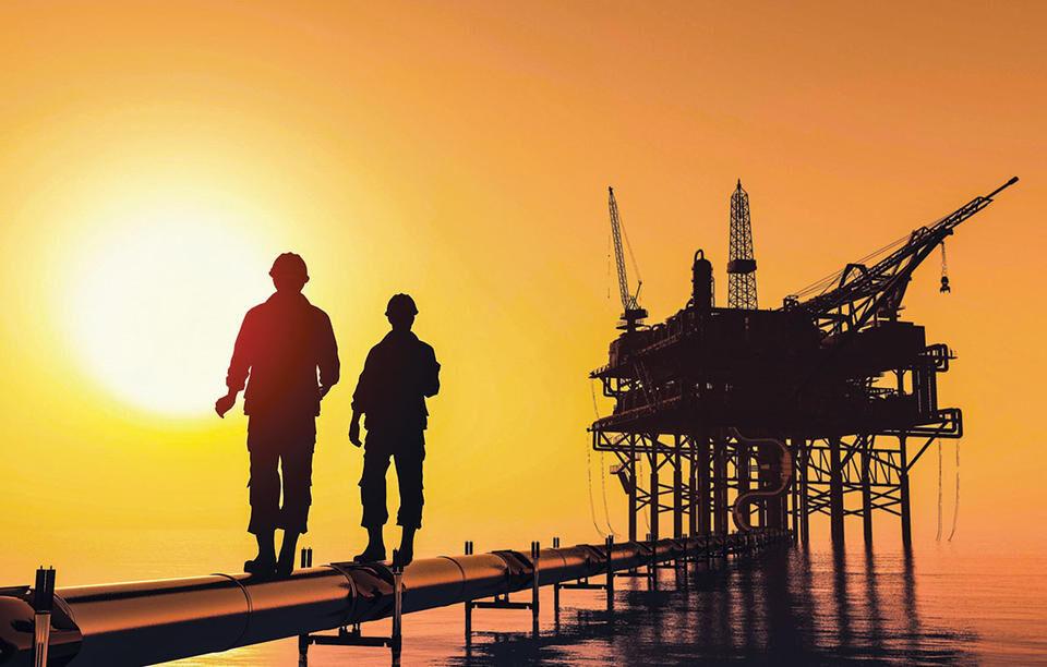 دورنمای اقتصادی عمان با افزایش قیمت نفت بهبود مییابد