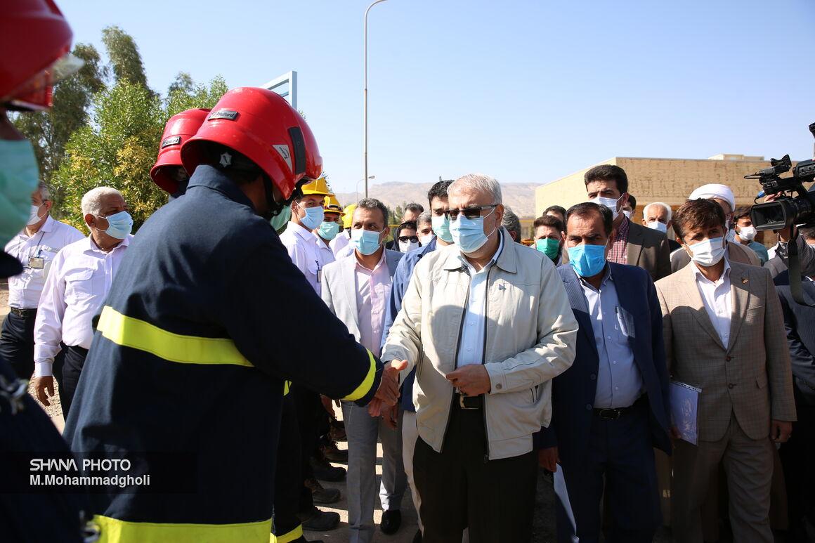 بازدید وزیر نفت از پالایشگاه گاز فراشبند