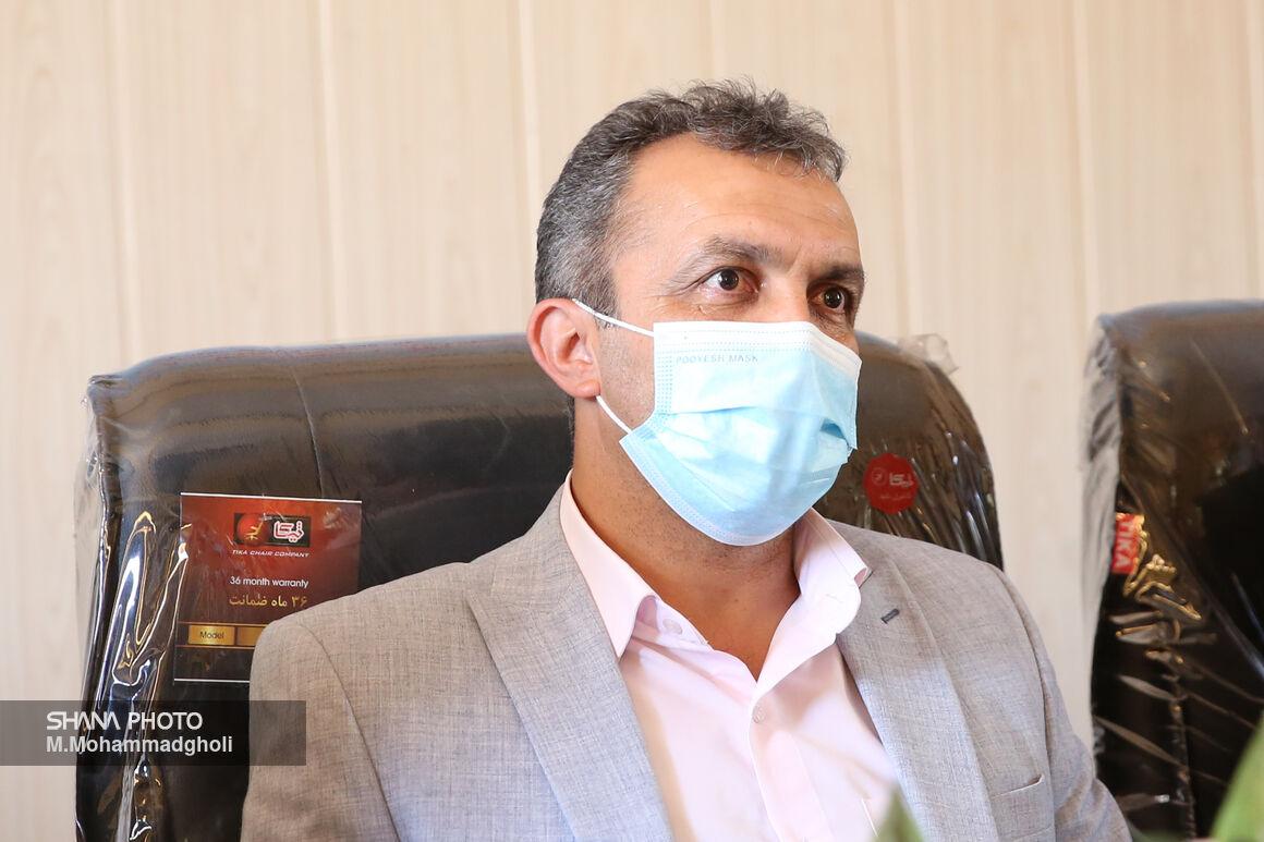 حضور میدانی وزیر نفت برای حل مشکلات صنعت نفت ستودنی است