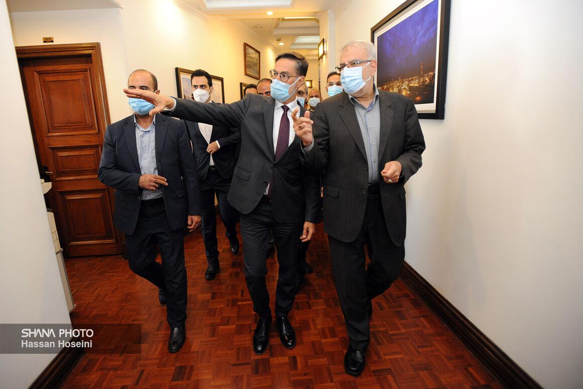 وزیر امور خارجه ونزوئلا به دیدار وزیر نفت آمد