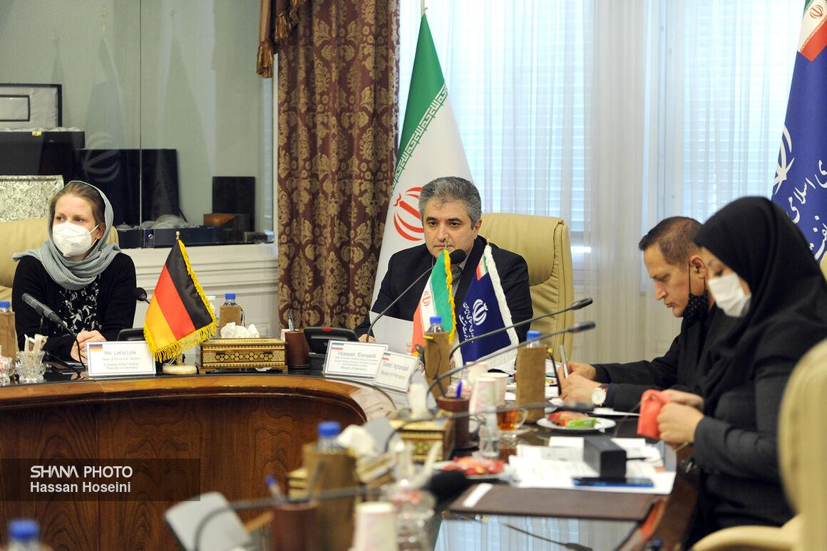 نشست کمیته کاری انرژی ایران و آلمان