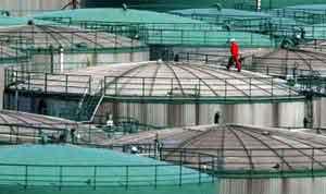 محدودیت های ظرفیت تولید از کاهش قیمت های نفت جلوگیری می کند