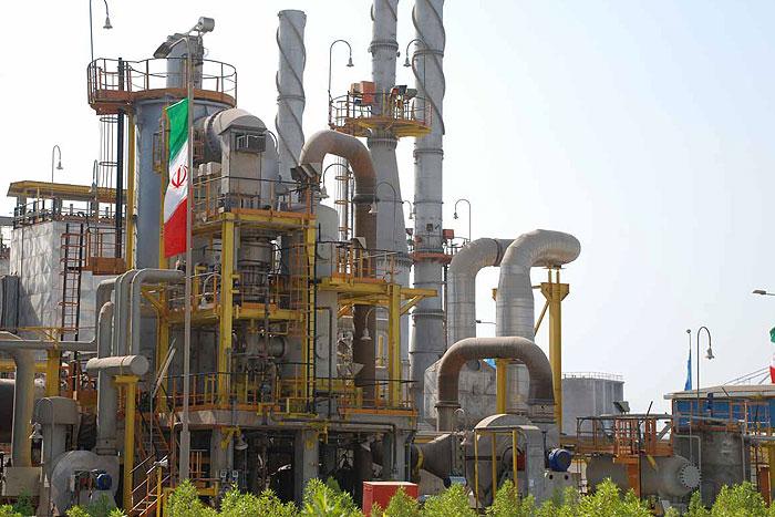 پایان موفقیتآمیز عملیات رفع انتشار مواد شیمیایی در پتروشیمی مبین