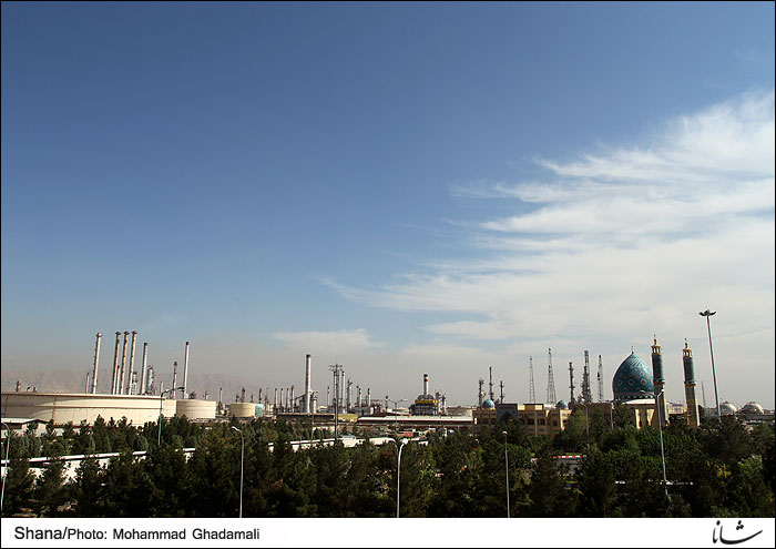 Tehran Refinery Output at 9bl