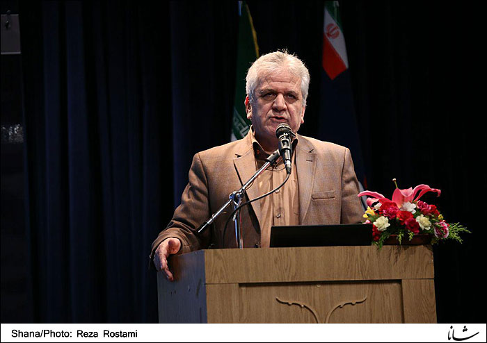 Iran Eyes 16 ml/d Boost to Petrol Output