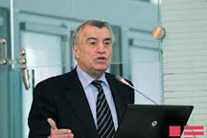 آذربایجان از تعمیق کاهش تولید اوپک و غیراوپک حمایت میکند