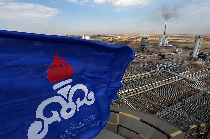پروژههای نفت در غرب کارون و پارس جنوبی افتتاح میشوند