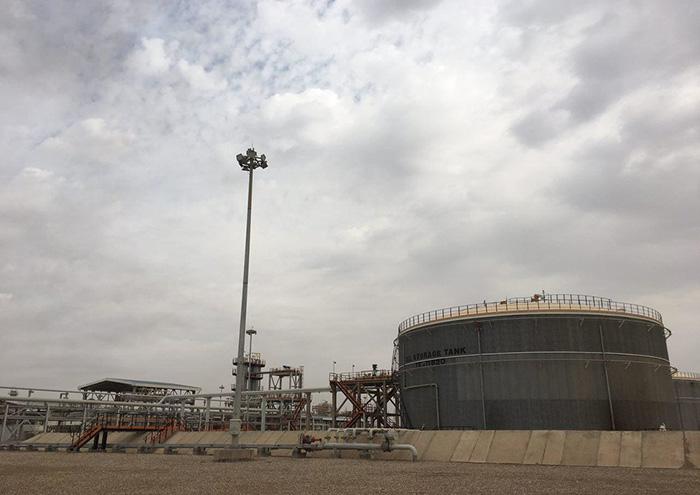 نشت نفت از انشعاب غیرمجاز خط لوله صادرات میدان نفتی آزادگان شمالی مهار شد