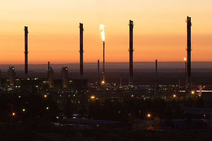 Hashemi Nejad Refinery Processes 6 bcm of Gas In 6 Months