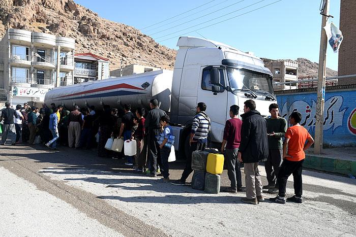 آمادهباش شرکت ملی پخش فرآوردههای نفتی برای سوخترسانی به مناطق زلزلهزده