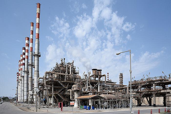 تولیدبنزین یورو 4 در پالایشگاهها و  عرضه فراگیر در 8 کلانشهر