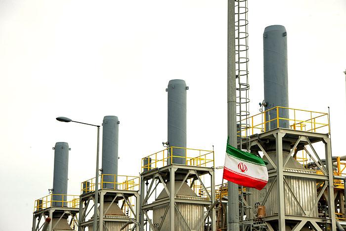 کمک پالایشگاه گاز پارسیان به شبکه توزیع برق در گرمای بیسابقه تابستان
