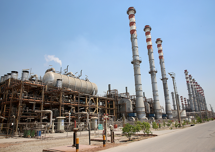 Gasoline Output of Persian Gulf Star Refinery Hits 26 ml/d