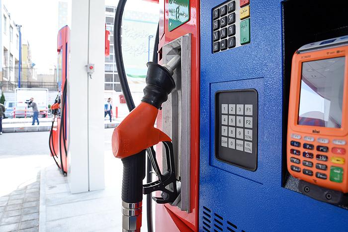 کیفیت کل بنزین توزیعی در تهران یورو ۴ است