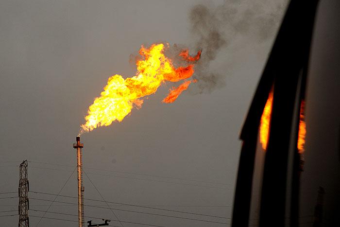 گامهای مطلوب وزارت نفت برای جلوگیری از سوختن گازهای مشعل