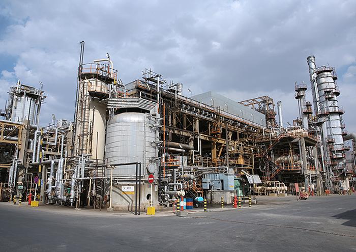 پالایشگاه اراک ۱۴۰ هزار تن سوخت کمسولفور کشتیرانی را تأمین میکند
