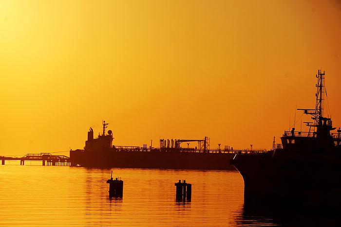 معطلی نفتکشها در پایانههای عربستان