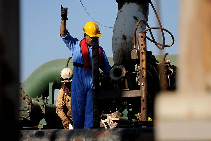 چالشها و برنامههای اجرایی پایانههای نفتی بررسی شد