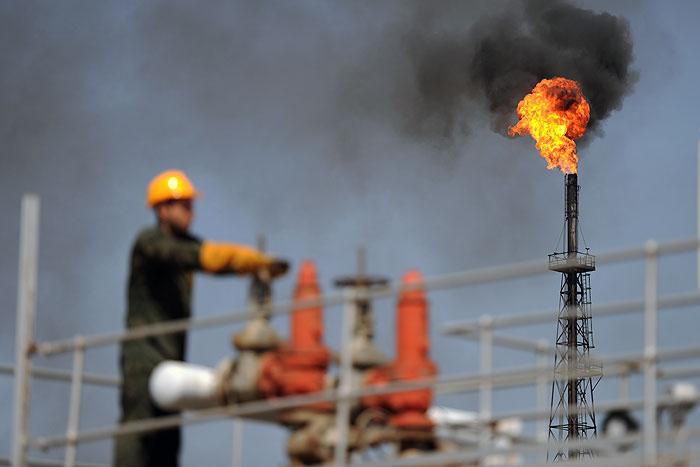 تامین اعتبار فاز دوم طرح جمعآوری گازهای مشعل در مرحله تصویب است