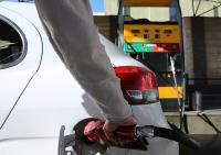 باید از سیاست افزایش قیمت بنزین دفاع کرد