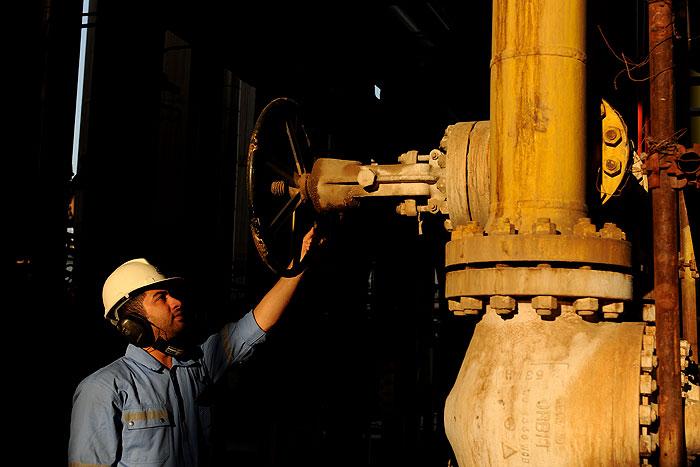 آمادهسازی واحدهای عملیاتی پالایشگاه هاشمینژاد برای پایداری تولید گاز در زمستان