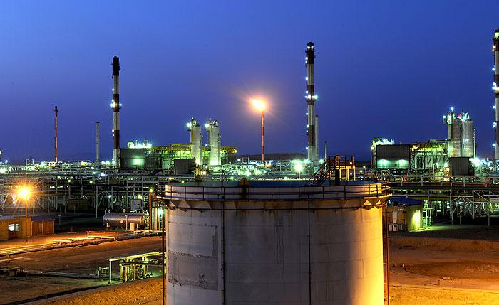 کاهش سوختن گازهای مشعل در پالایشگاه شهید هاشمینژاد