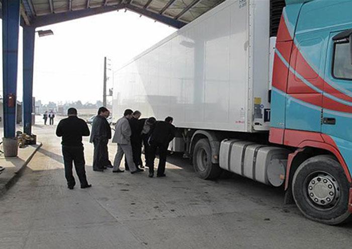 واریز بیش از ۲۴۰۰ میلیارد ریال به خزانه دولت از محل فروش سوخت مرزی در کرمانشاه