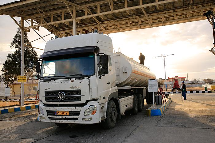 کنترل مستمر نفتکشها در منطقه زنجان