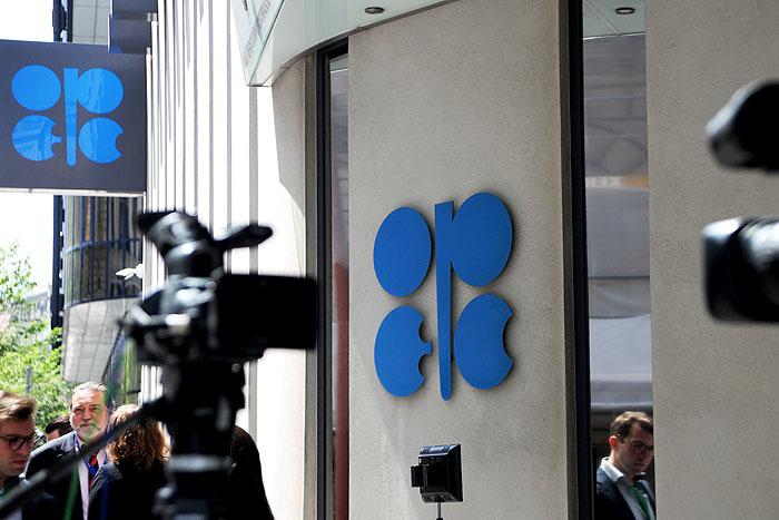 حمایت سرمایهگذاران نفتشیل آمریکا از کاهش عرضه نفت اوپک
