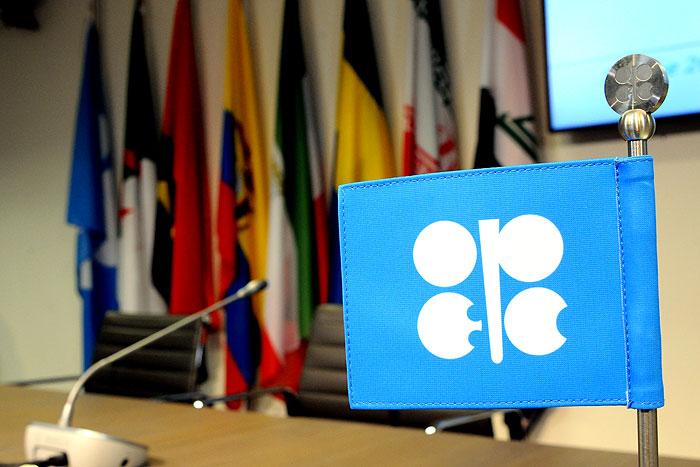 پایبندی ۹۶ درصدی اوپک پلاس به توافق کاهش تولید نفت