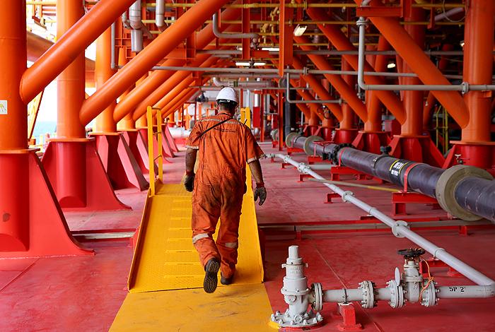 وزیر نفت دستورعمل دورکاری را ابلاغ کرد