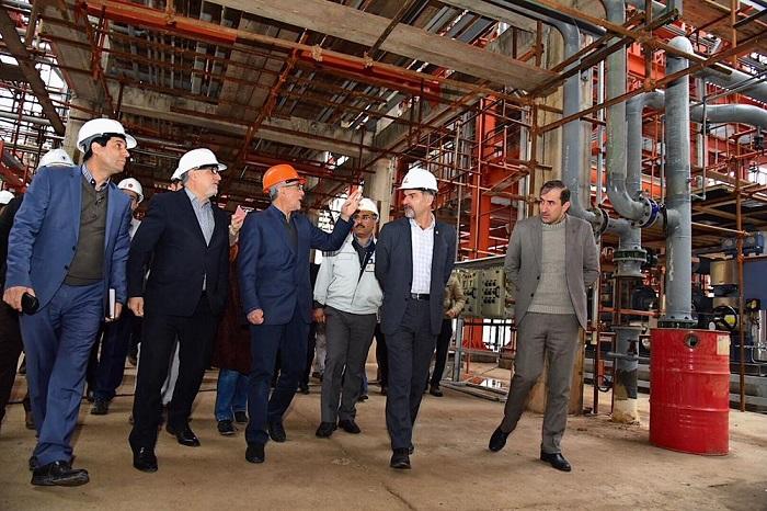 بازدید معاون وزیر نفت از طرح کاتالیستی پتروشیمی لرستان